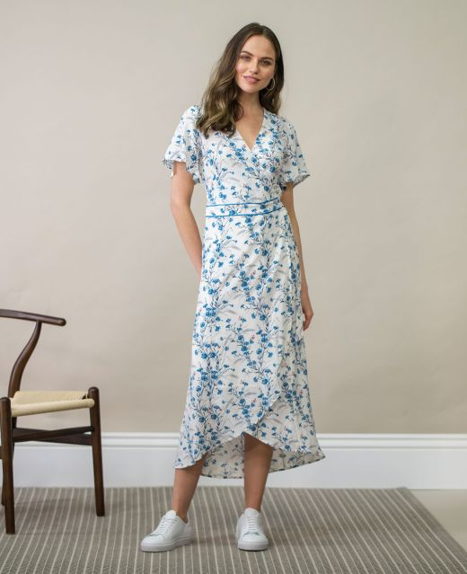 Really Wild Wrap Dress with Flared Sleeves Different Angle 1